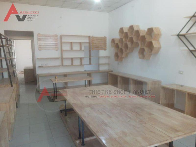 Ảnh thi công hoàn thiện showroom thực tế showroom gốm sứ tầng 2