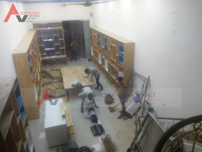 Ảnh thi công hoàn thiện showroom thực tế showroom gốm sứ