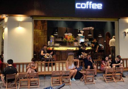 Mẫu thiết kế quán cafe vỉa hè ĐỘC ĐÁO chi phí đầu tư thấp