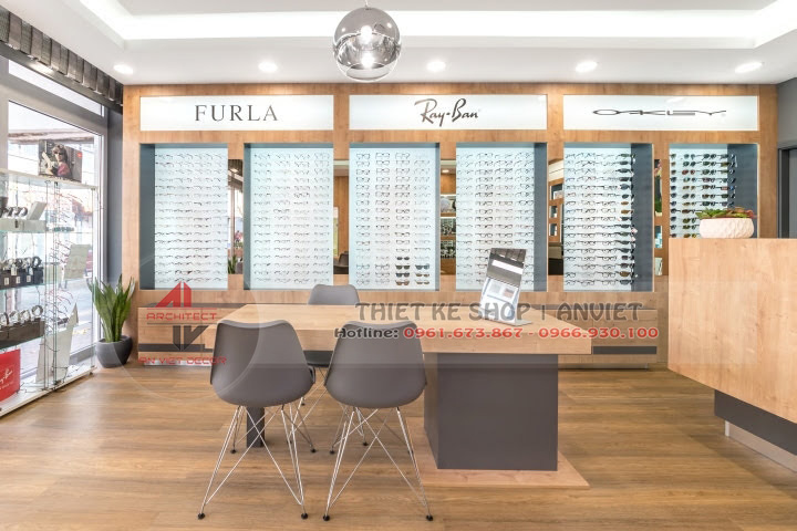 Dự án thiết kế showroom kính mắt hàng hiệu 60m2 4