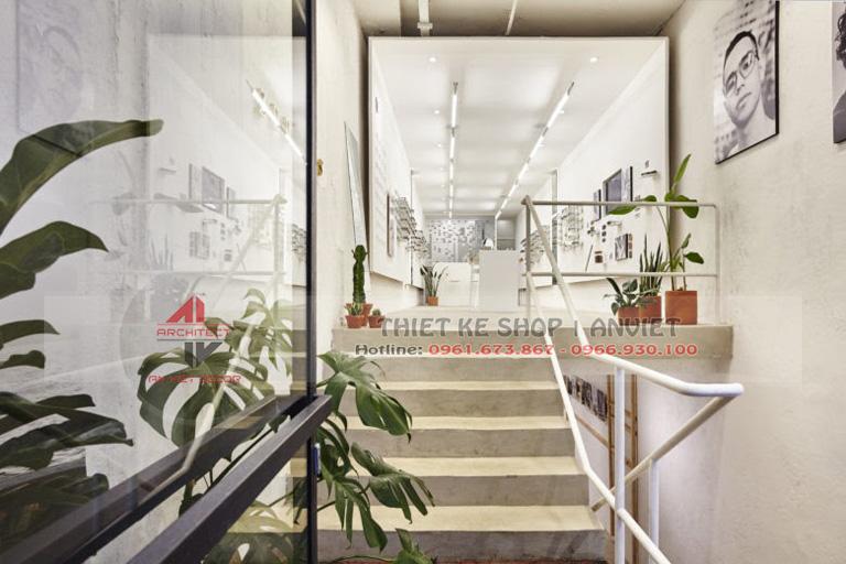 Mẫu thiết kế cửa hàng kính mắt thời trang hiện đại 40m2 1